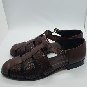 40862ad18a4f Eddie Bauer women s leather sandals size 8m